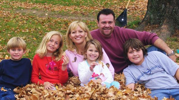 Anita Smithey,Robert Cline和他们的孩子