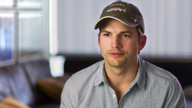 Ashton kutcher surprises mom with home renovation cbs news - A dream basement ashton kutchers surprise for his mom ...