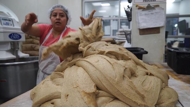 投掷bread.jpg