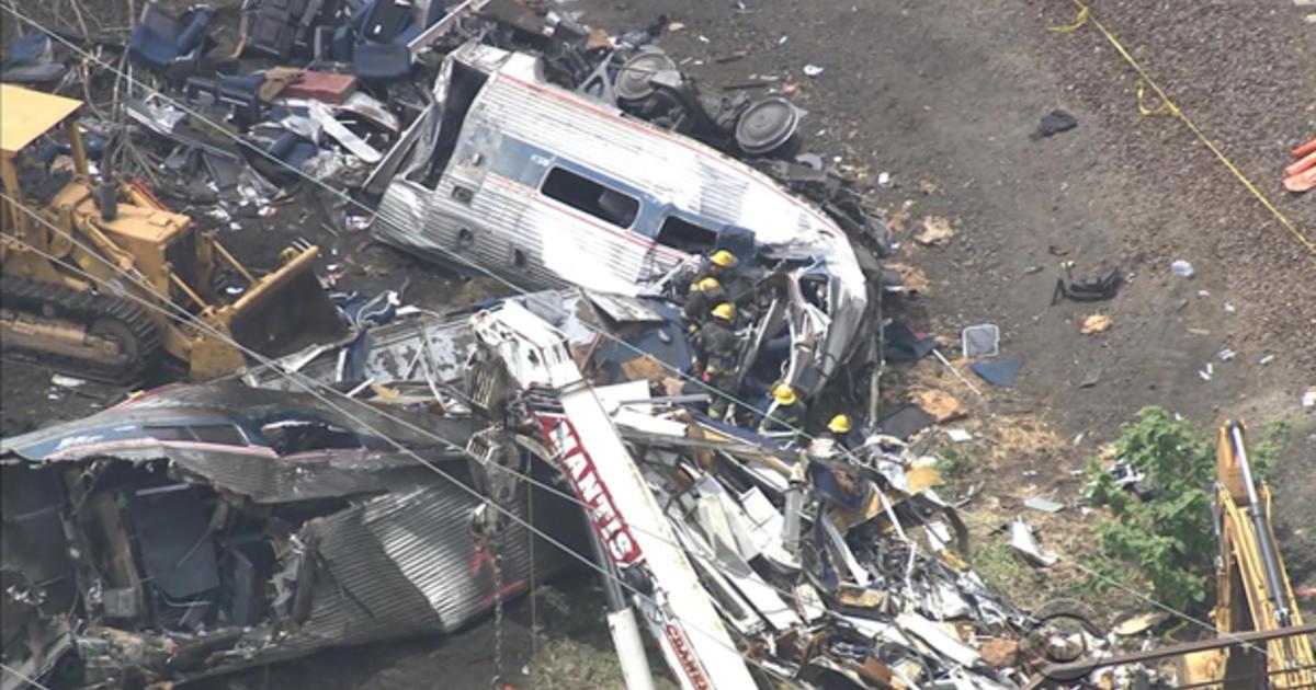 Investigators determine the cause of last year's deadly Amtrak crash