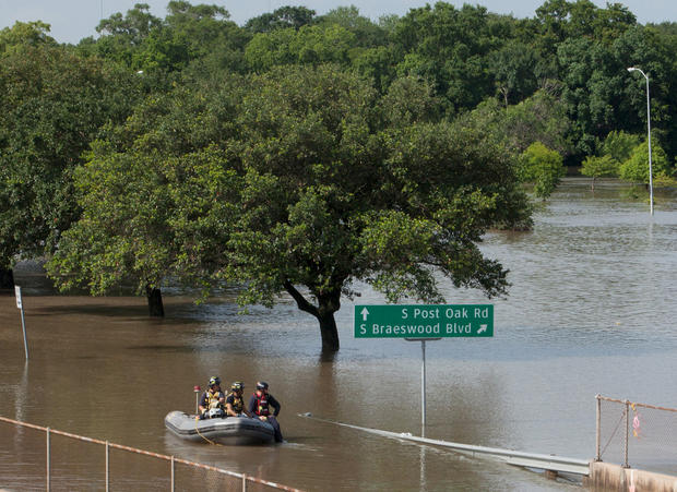 texas floods heavy texas rains bring flooding pictures