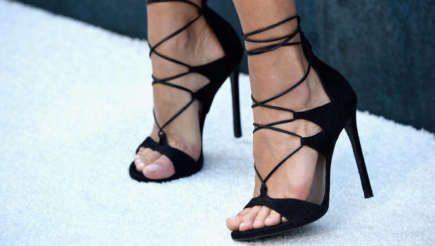 Injuries from high heels on the rise - CBS News