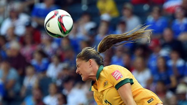 Heightened concern for concussions in women's soccer - CBS ... Soccer News