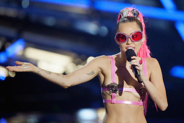 2015 MTV VMAs highlights