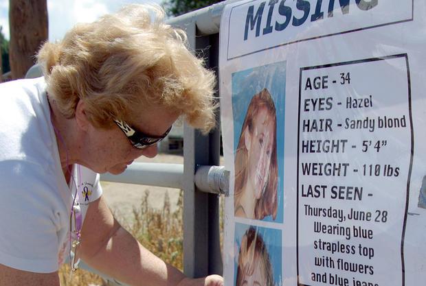 志愿者帮助寻找失踪的妈妈Paige Birgfeld