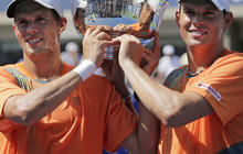 Bob and Mike Bryan: The Tennis Twins