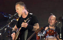 "Web extra: Metallica performs ""The Unforgiven"""