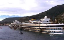 Moving Costa Concordia wreck may be as difficult as flipping it over