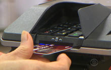"""U.S. credit cards to get """"smart card"""" technology"""