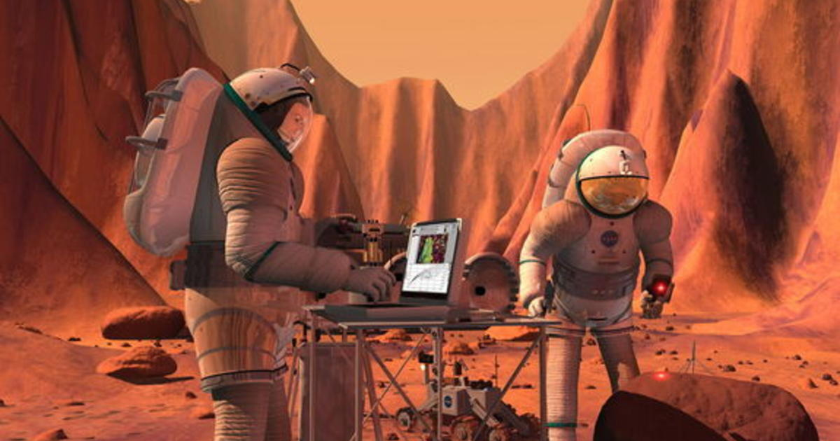 astronaut life in spaceship - photo #42