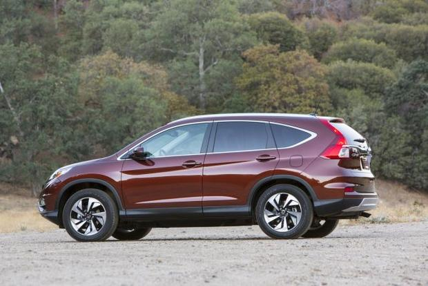 Small suv honda cr v 12 of the best cars for 2016 cbs for Is a honda crv a suv