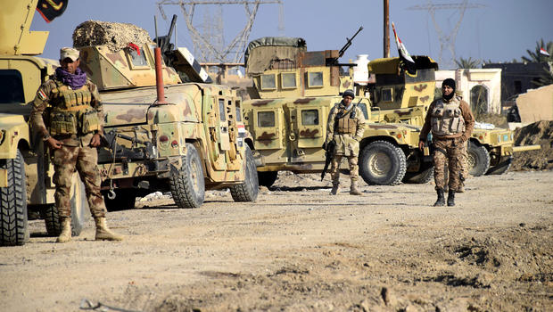 Iraqi troops enter centre of Ramadi in attempt to dislodge Isis - spokesman