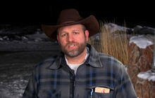 Armed activist leader in Oregon on standoff with federal government