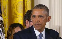 Obama gets emotional discussing Sandy Hook shooting