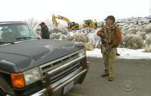 Militiamen hold tight in Oregon