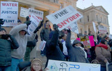 Flint residents protest amid water crisis