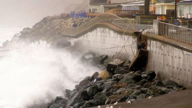 Calif Residents Fear Seaside Homes May Crumble In