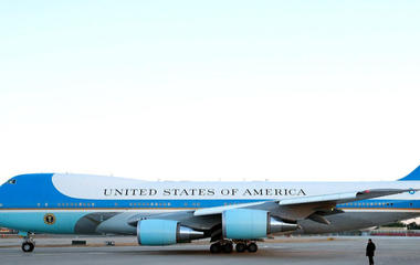 Trump urges termination of dear new Air Force One plane