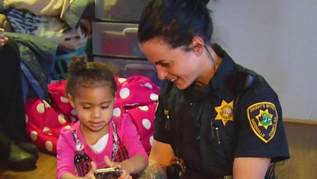 South Carolina toddler calls 911 for help with fashion emergency -- and hugs