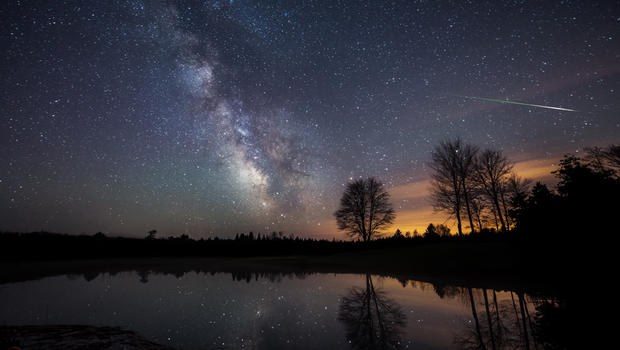 TONIGHT: Famous Halley's Comet meteor shower peaks overnight