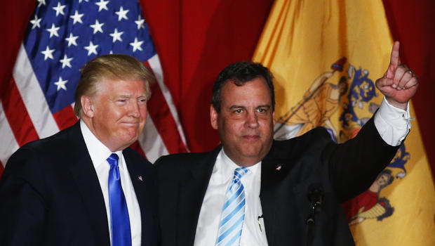Trump transition team fundraises with Christie email