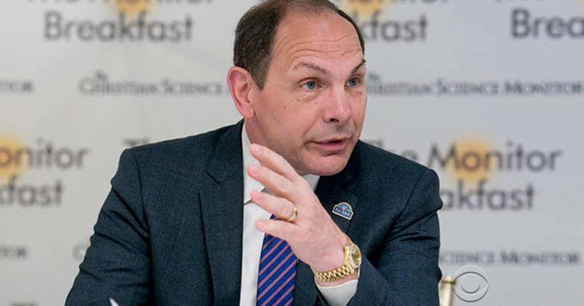 VA secretary compares patients wait times to Disney lines