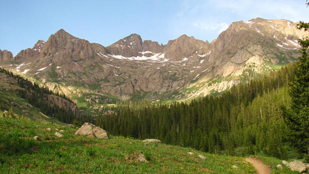 Hikers find family who spent 2 nights in Colorado wilderness