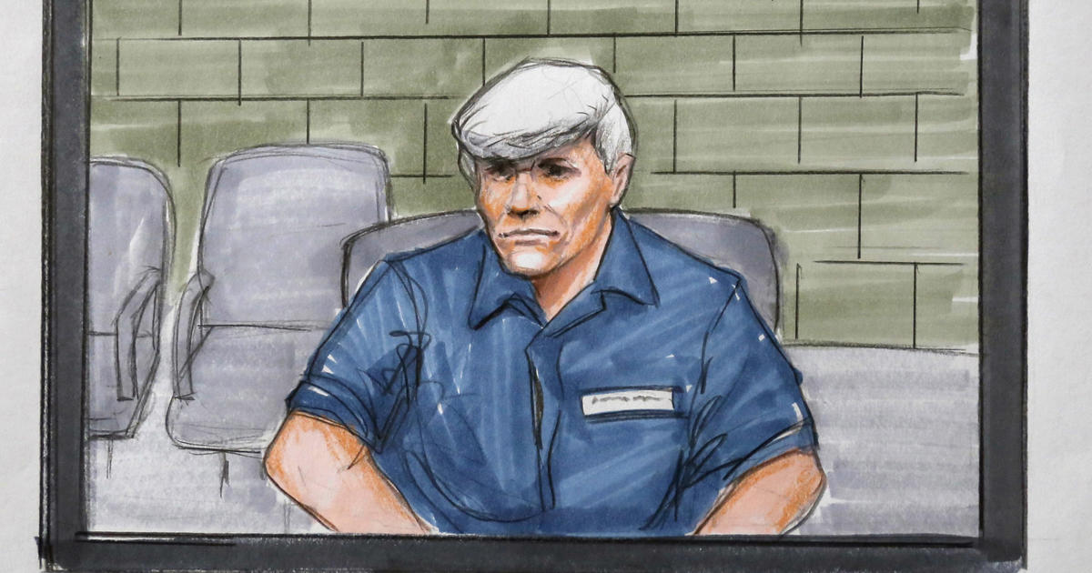 whitecollar crime rod blagojevich Rod blagojevich (/ b l ə ˈ ɡ ɔɪ ə v ɪ tʃ /, born december 10, 1956) is an american former politician who served as the 40th governor of illinois from 2003 until his impeachment, conviction, and removal from office in 2009.