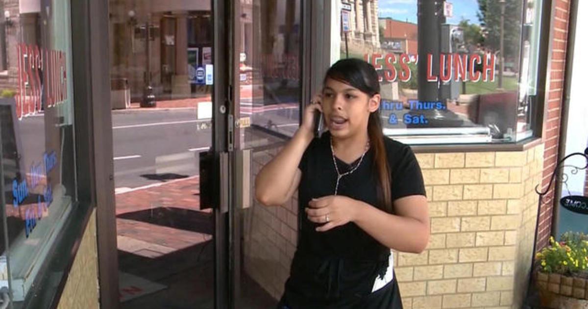 latina waitress