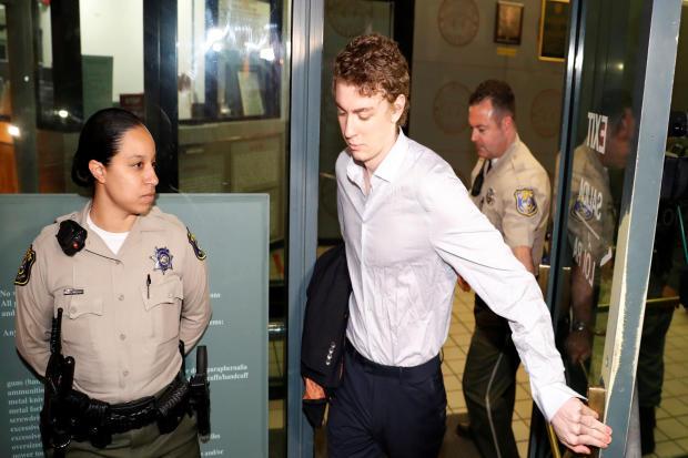 2016年9月2日,加利福尼亚州圣何塞的圣克拉拉郡监狱离开斯坦福前游泳运动员布罗克扑克牌的玩法大全图解,该女子被性侵犯一名失去知觉的女子。