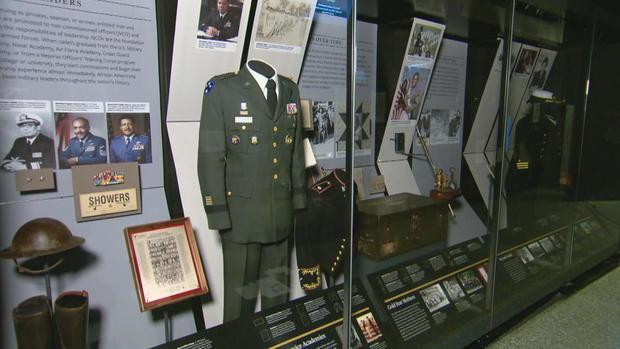 CTM-0912-非裔美国人博物馆 - 科林 - 鲍威尔uniform.jpg
