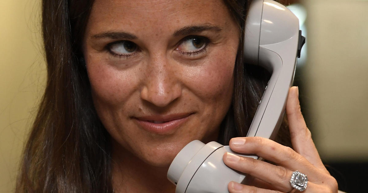 Pippa Middleton S Phone Hacked Thousands Of Photos Stolen