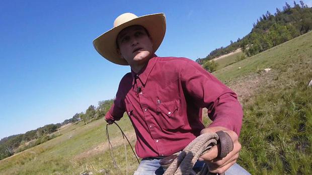oregon cowboy lassoes attempted bike thief cbs news