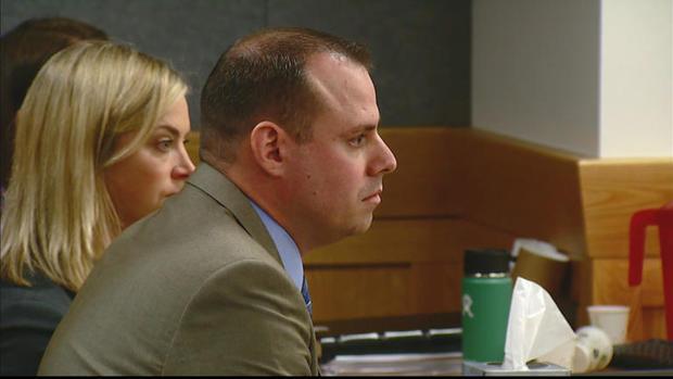 Tom Fallis在审判期间出庭