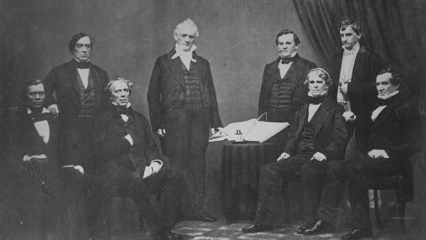 总统詹姆斯·布坎南和机柜,1859-620.jpg