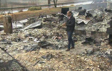 Tennessee wildfires turn deadly, destroy homes