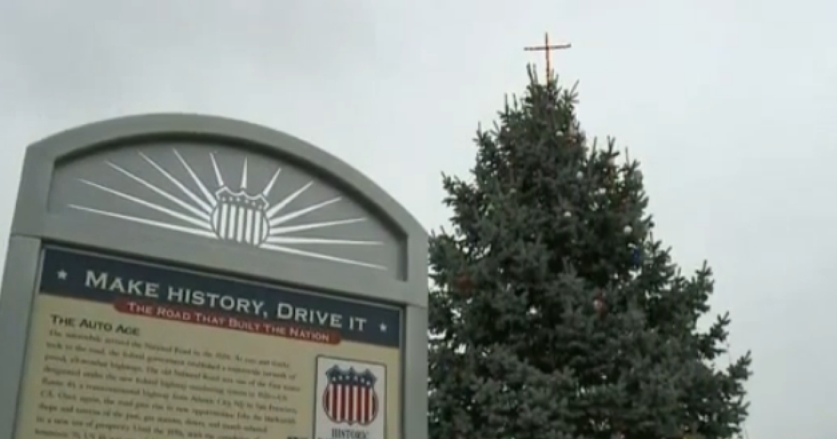 Aclu suing knightstown indiana over cross display as part of