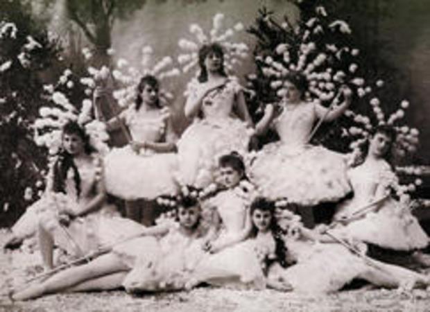 在-胡桃夹子 - 雪花 -  1892年 - 马林斯基芭蕾-244.jpg