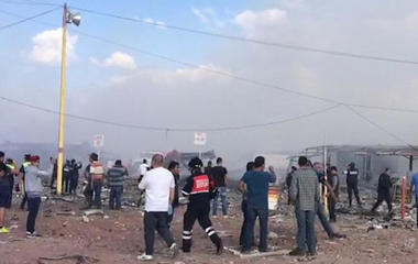 Deadly explosion at fireworks market near Mexico City