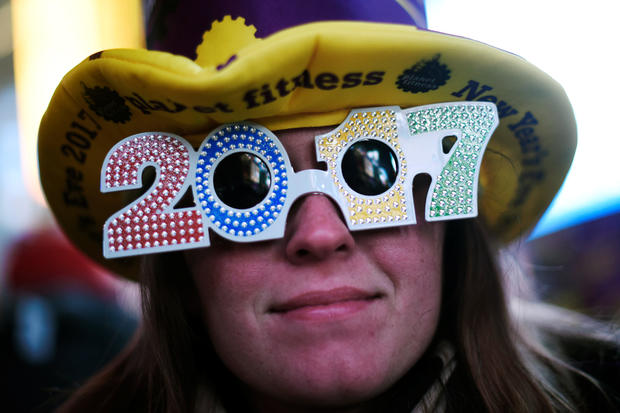 Happy New Year! Americans ring in 2017