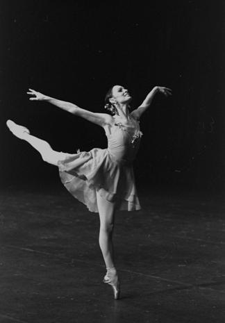 Dance photographer Martha Swope 1928-2017