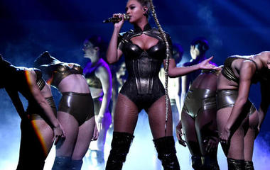 Beyoncé to perform at the Grammys