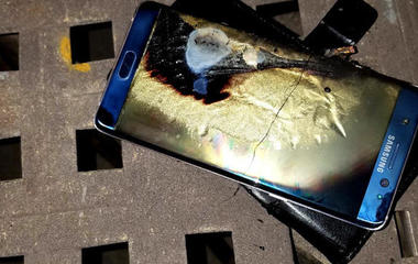 Fine print may prevent Samsung exploding phone lawsuits