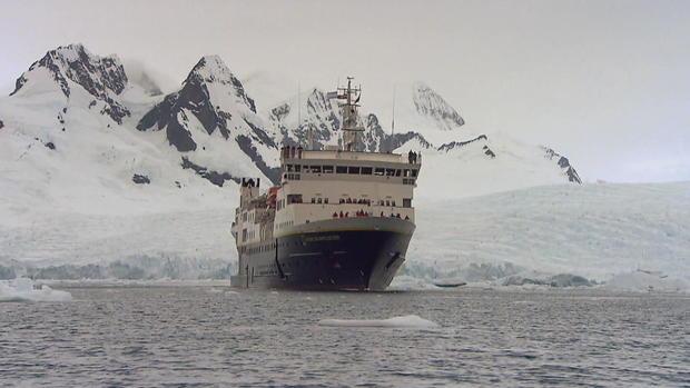 菲利普斯南极洲杀手-鲸帧-739.jpg