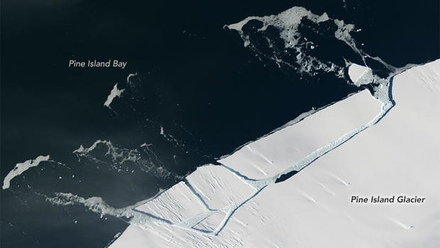 Manhattan-Sized Iceberg Just Broke Away from Antarctica