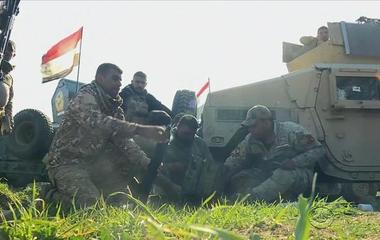 U.S.-backed Iraqi forces slowly taking ground from ISIS