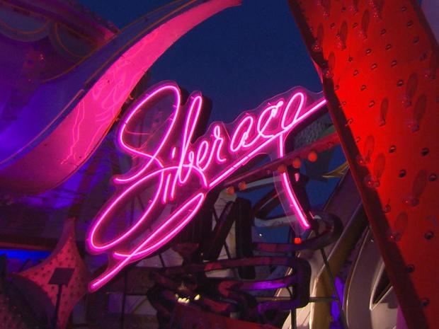 霓虹灯博物馆Liberace的一夜promo.jpg