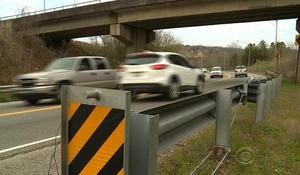 Certain highway guard rails blamed for car accident deaths
