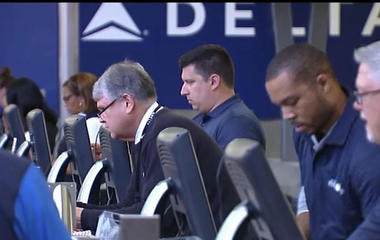 Cancellations persist for Delta Airlines