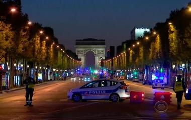 Paris' Champs-Elysees locked down after terrorist attack